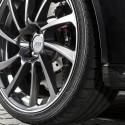 По-широките гуми подобряват спирането